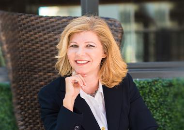 Edith Hamilton | Founder | NEXT New Growth